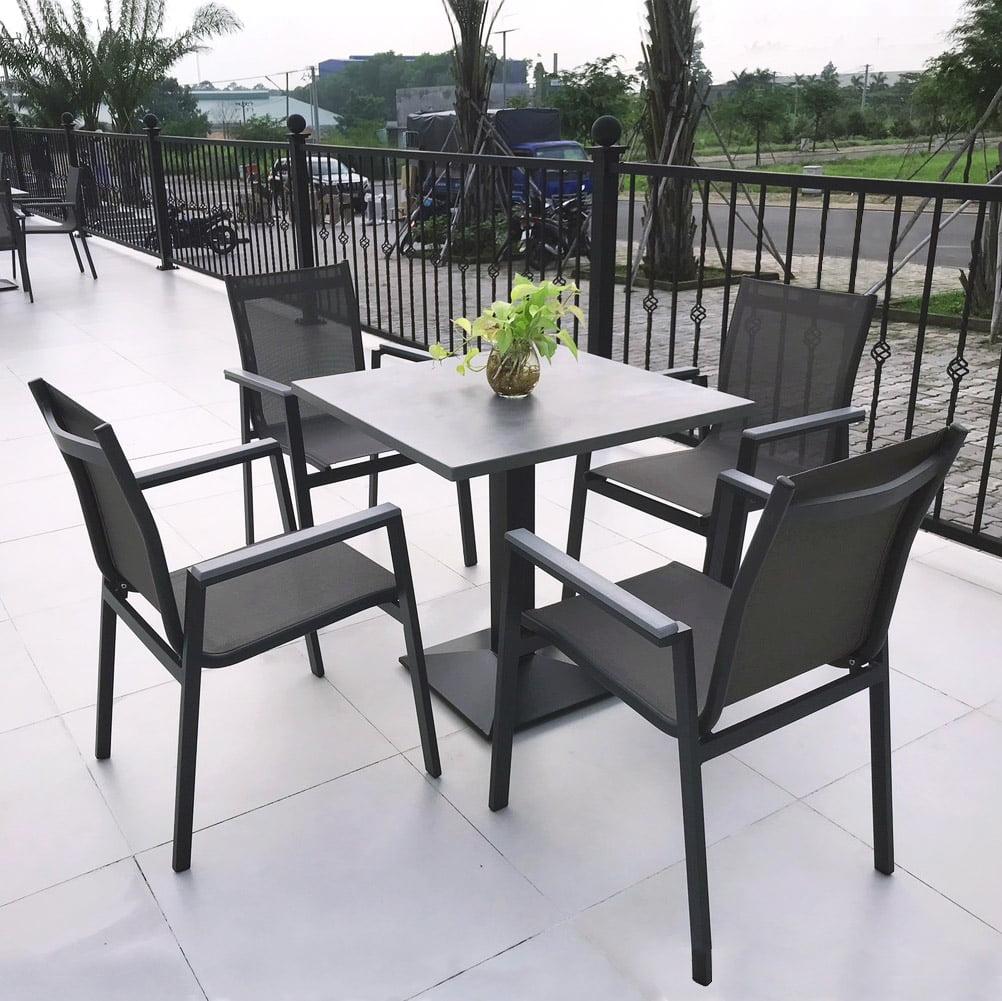Bộ bàn ghế sân vườn BTL-LL